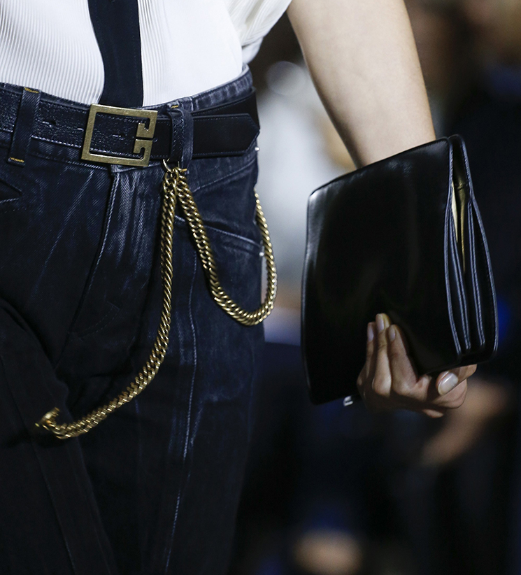Givenchy-Spring-Summer-2018-Runway-Bag-Collection-2