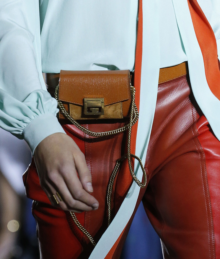 Givenchy-Spring-Summer-2018-Runway-Bag-Collection-4